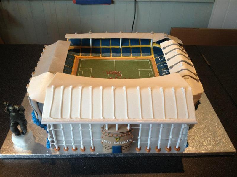Cake Decorating Company Leeds : Leeds United Cake - Elland Road Football Stadium Birthday Cake