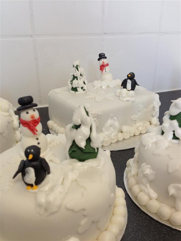 Christmas Cakes & Cake Decorations in Leeds - The Little ...