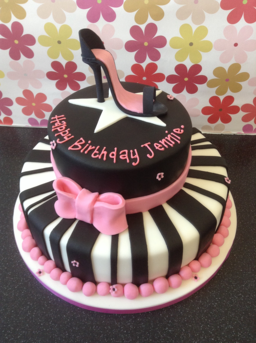 Novelty Birthday Cakes | The Little Cake Cottage